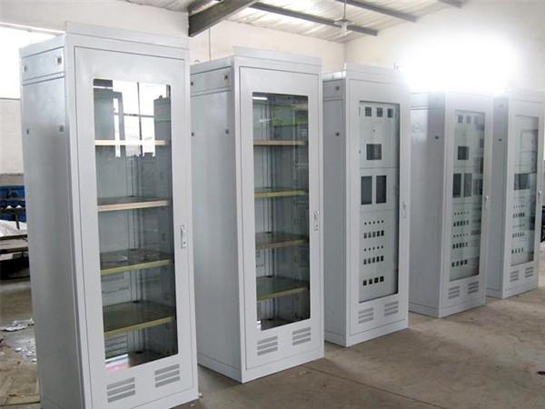 影响钣金加工机箱机柜质量的因素有哪些?