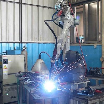 自动焊接加工