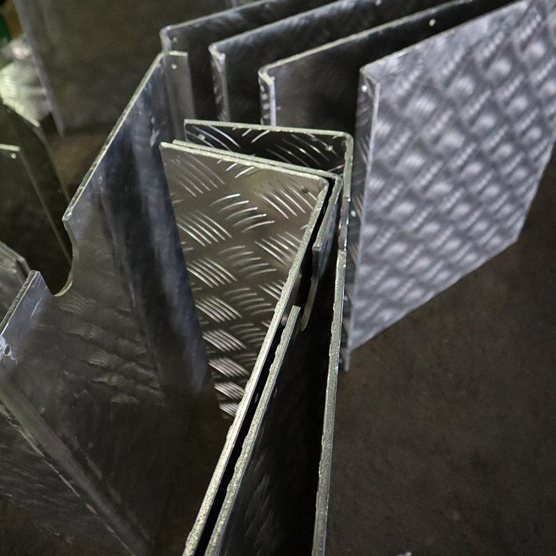 大件铝铁喷涂加工