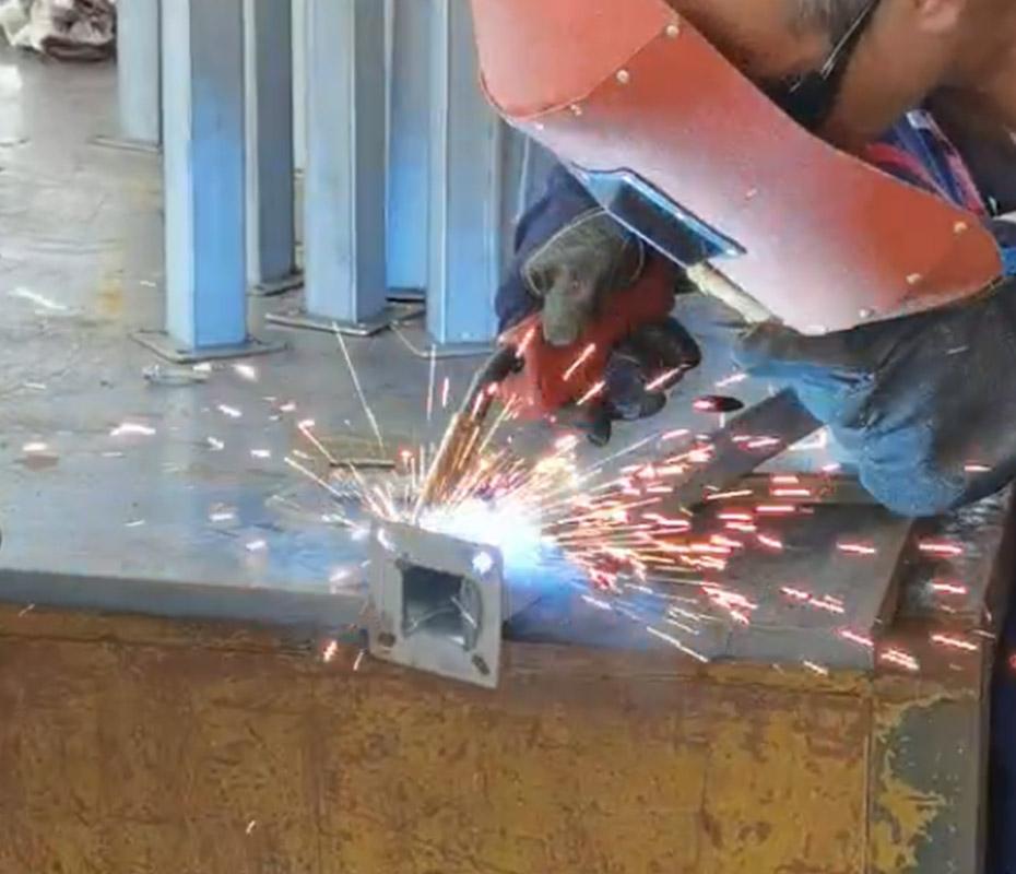手动焊接加工