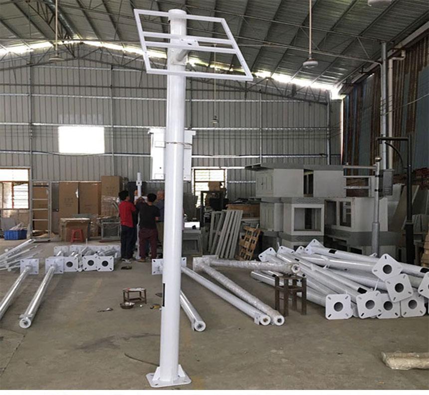 太阳能全球眼监控杆,监控立杆生产厂家,监控立杆定制生产