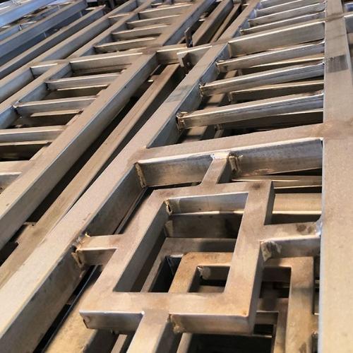 铁艺护栏生产厂