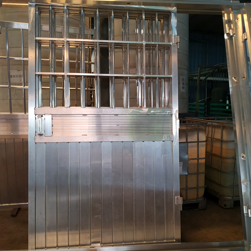 铝材门框喷粉
