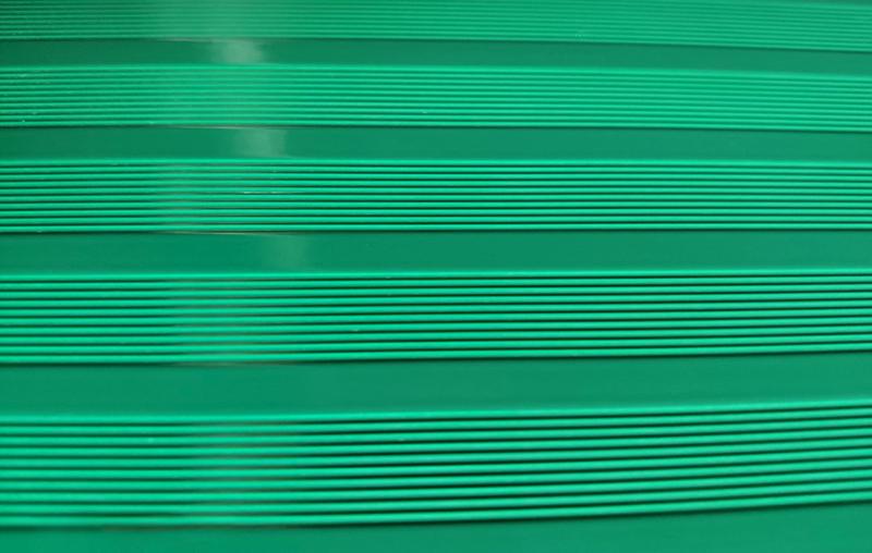 体育器材铝合金坐板喷粉喷塑