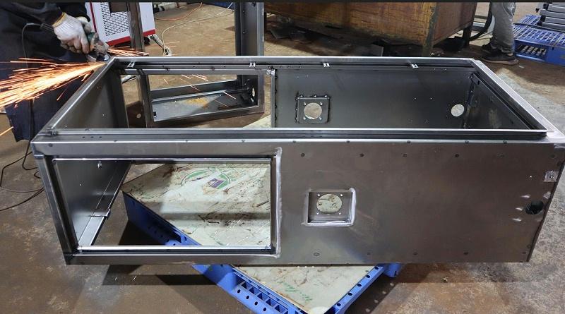 充电桩外壳厂家|箱体焊接打磨