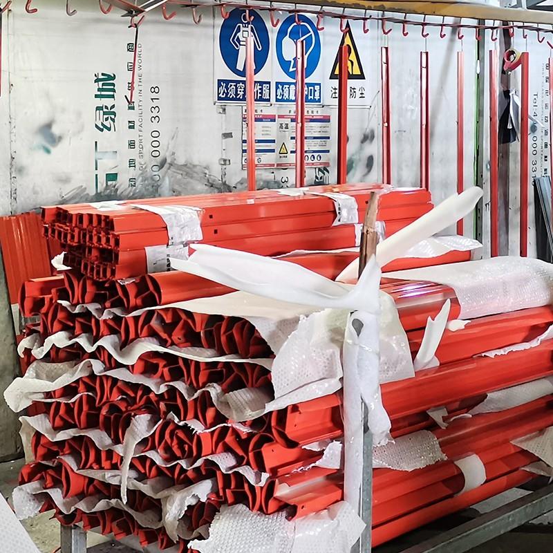 铝型材喷涂加工厂